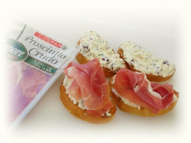 Tomaten-Mozzarella- Terrine mit Prosciutto Crostini - Rezept - Bild Nr. 13