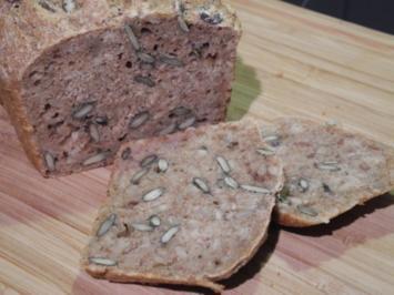 Brot & Brötchen : Dinkel - Brot - Rezept