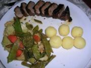Entenbrust, mariniert an Gemüse- Pfännchen mit kleinen Knödelchen - Rezept