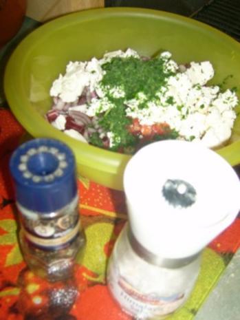 Tomatensalat mit Feta, auf Toast gebacken ala Kukuluru - Rezept - Bild Nr. 5