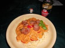 Chakalaka-Soße mit Cabanossi-Talern auf Pasta>> - Rezept