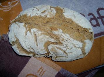 Roggenmischbrot aromatisch gewürzt - Rezept