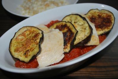 parmigiana di pollo e melanzane - Rezept