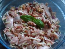 Salate: Mediterraner Käse-Wurst-Salat - Rezept