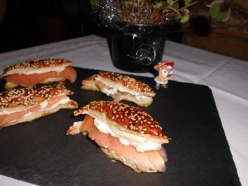 Sesamfische mit Räucherlachs>> - Rezept
