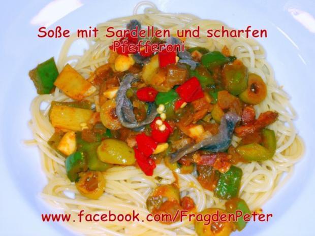 Feurige Sardellen-Pfefferoni  Spaghetti mit Paprika-Olivensoße - Rezept - Bild Nr. 2