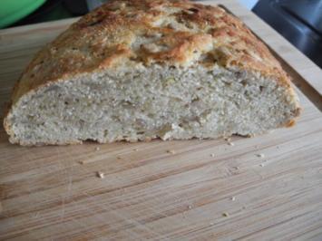 Brot & Brötchen : Dinkel - Kokosmehl - Brot - Rezept