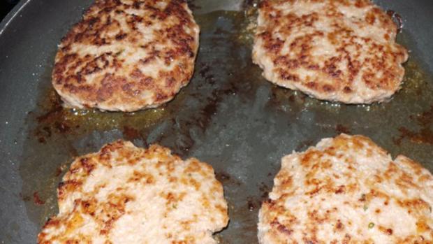 Frikadellen mit Camembert - Rezept - Bild Nr. 2
