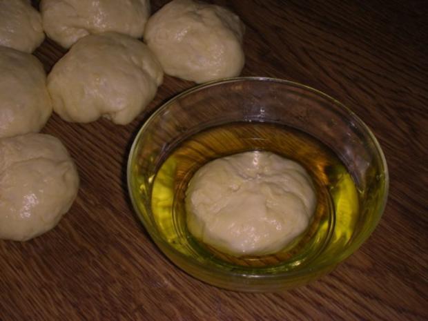 Bulgarisches Schafskäse Brot- Tutmanik - Rezept - Bild Nr. 12
