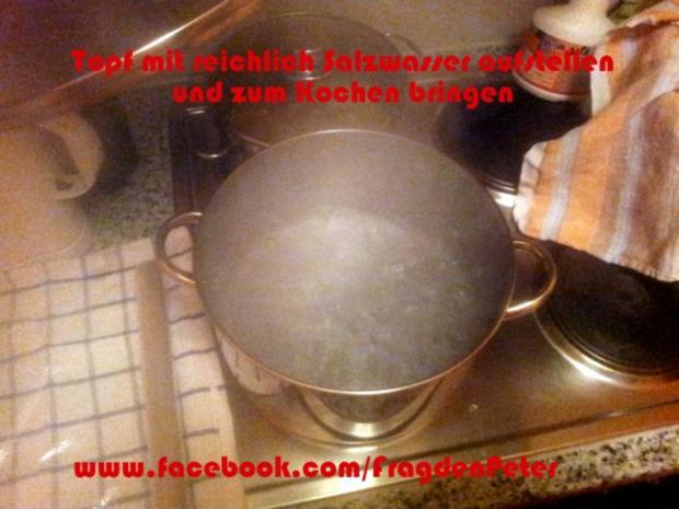 Serviettenknödel mit Champigon-Sahnesoße - Rezept - Bild Nr. 4