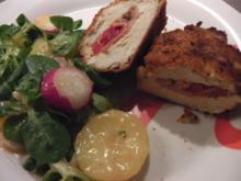 Stubengeheimnis vom Huhn mit Wiener Erdäpfel-Vogerlsalat - Rezept