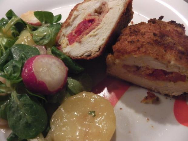 Stubengeheimnis vom Huhn mit Wiener Erdäpfel-Vogerlsalat - Rezept - Bild Nr. 8