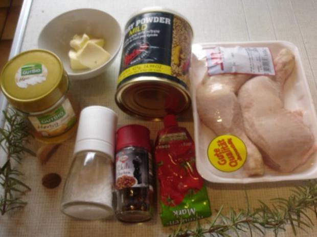 Knusprige Hähnchenschenkel mit Sauce, Gourmet-Rotkohl  und tschechischen Hefeknödeln - Rezept - Bild Nr. 2