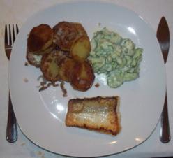 Zanderfilet Gurkensalat Bratkartoffeln - Rezept