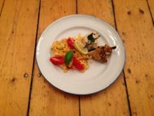 Gefüllte Poulardenbrust an Pasta al Limone mit Kirschtomaten & Zucchini - Rezept