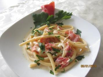 Makkaroni in Gorgonzolasauce - Rezept