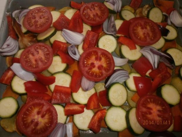 Ofengemüse mit Rote-Bete-Soße und grünem Chilliöl - Rezept - Bild Nr. 4