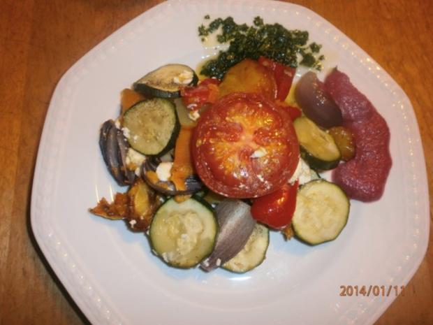 Ofengemüse mit Rote-Bete-Soße und grünem Chilliöl - Rezept