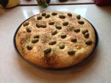 Focaccia mit Oliven - Rezept