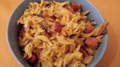 Rezept: Gebratene Nudeln mit Cabanossi
