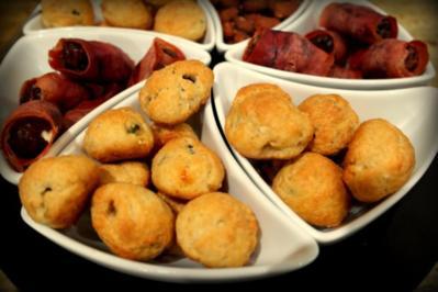 Tapas: Oliven-Parmesan-Kugeln - Rezept