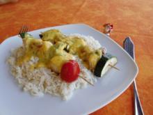 Fischspieße mit Paprikasoße>> - Rezept
