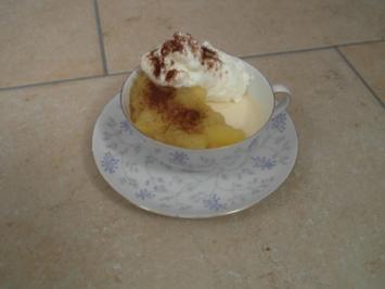 Espressorahmeis mit Apfelragout - Rezept