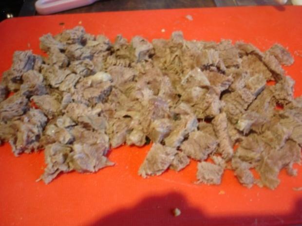 Rindfleischsuppe mit Möhrenblüten und Eierstich - Rezept - Bild Nr. 15
