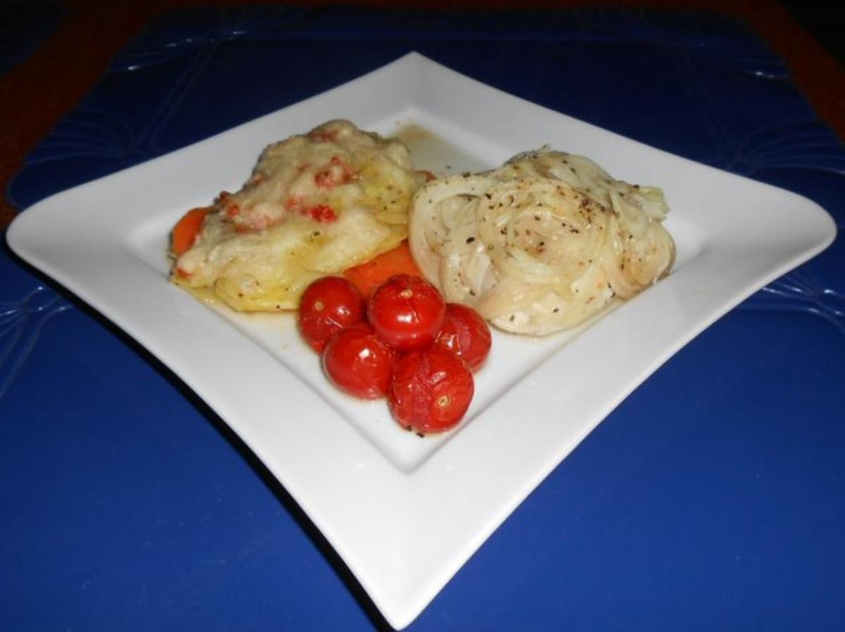 Bilder für Kabeljaurückenfilet aus dem Ofen mit überbackenem Karotten-Kartoffelgemüse - Rezept