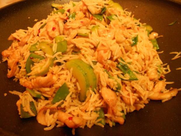 Gebratener Reis mit Hähnchenfleisch und Gemüse - Rezept - Bild Nr. 7