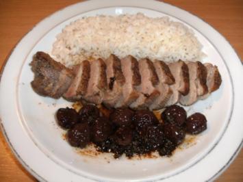 Fleisch: Entenbrust mit Sauerkirschen - Rezept