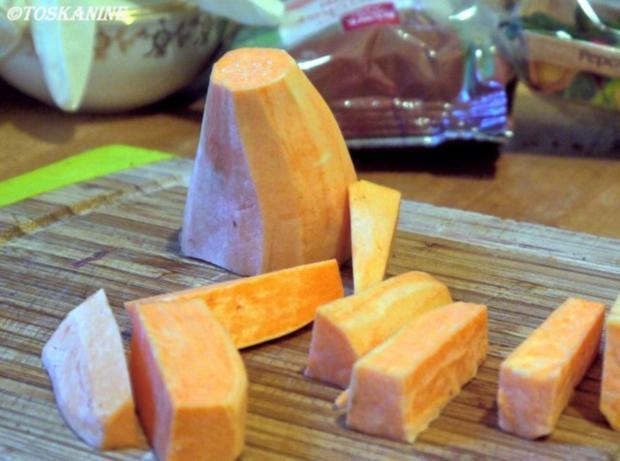 Mango-Currywurst mit Süßkartoffel-Pommes - Rezept - Bild Nr. 3