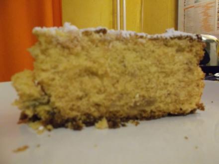 Kuchen: Marzipankuchen mit Rumrosinen - Rezept