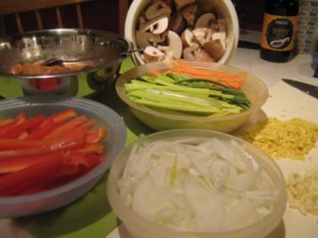 "Hühnchen ""Chow Mein"" - Rezept - Bild Nr. 2"