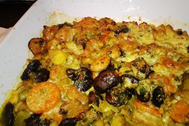 Gebackene Bohnen mit Speck und Gemüse - Rezept