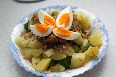 Rezept: Rosenkohl mit Ei und Kartoffeln