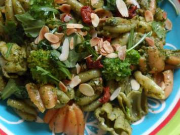 Pasta: Calice mit Rucola-Pesto und Broccoli - Rezept