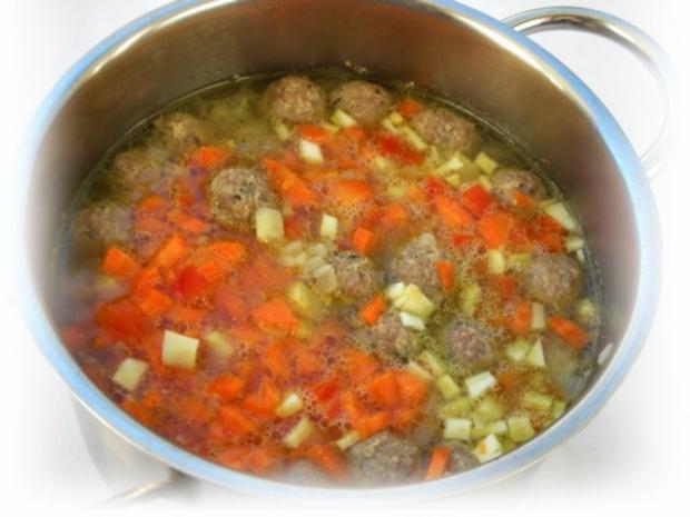 Supa Toptscheta-bulgarische Suppe mit Hackfleisch-Bällchen - Rezept - Bild Nr. 9