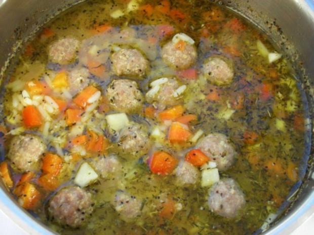 Supa Toptscheta-bulgarische Suppe mit Hackfleisch-Bällchen - Rezept - Bild Nr. 10