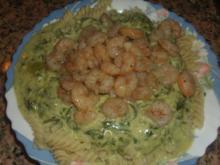 Pasta - Gorgonzola-Spinat und Gambas - Rezept