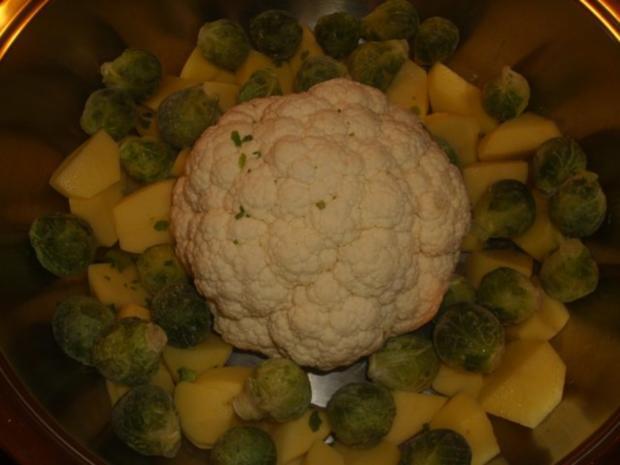 Kartoffel-Blumenkohl-Rosenkohl Auflauf - Rezept - Bild Nr. 2