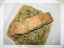 Lachs auf Fenchel-Lauch-Gemüse - Rezept