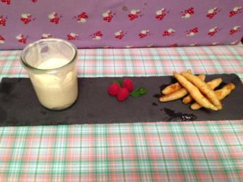 Süße Bubespitzle mit selbst gemachtem Zimteis - Rezept