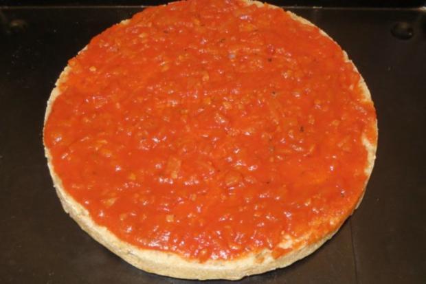 Pizza: Türkische Fladenbrotpizza - Rezept - Bild Nr. 5