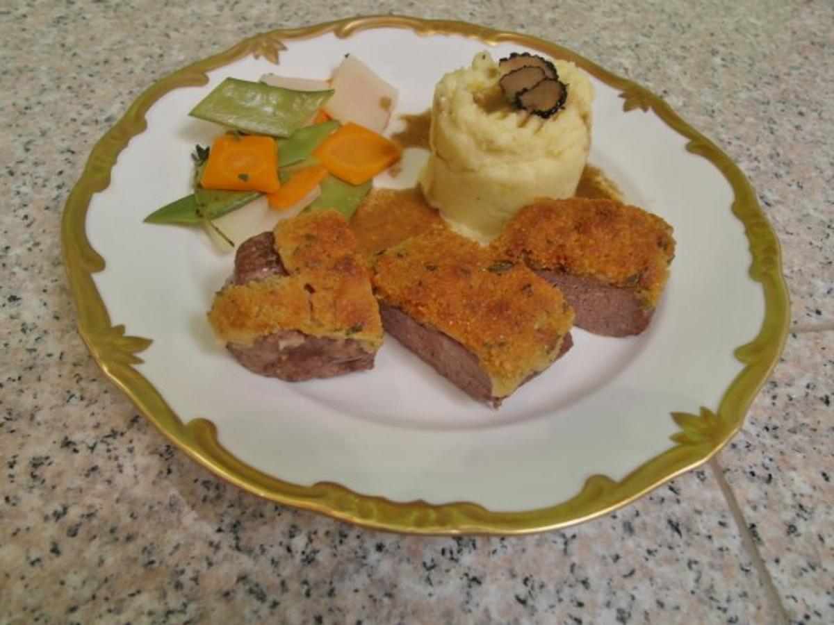 Lamm in Wildkräuterkruste mit Kartoffelpüree & Rautengemüse - Rezept Eingereicht von Das perfekte Dinner