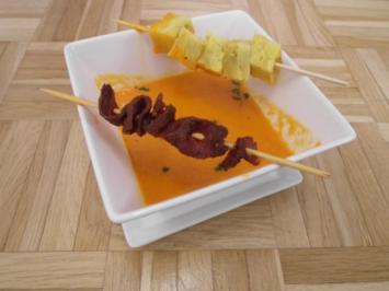 Rezept: Paprikasüppchen mit Tortillawürfeln und Chorizo-Spieß