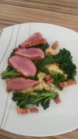 Entenbrust mit gespicktem Grünkohl und Kartoffelpüree - Rezept - Bild Nr. 10