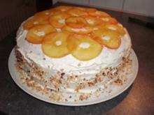 Apfel-Nuss-Torte mit Eierlikör - Rezept