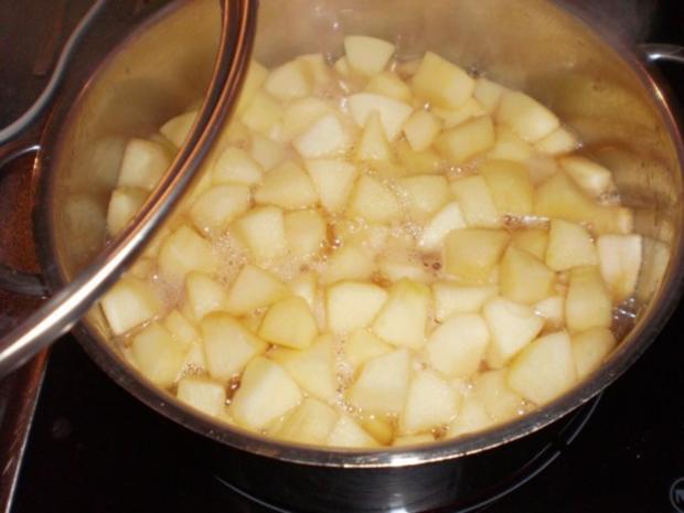 Apfel-Nuss-Torte mit Eierlikör - Rezept - Bild Nr. 8