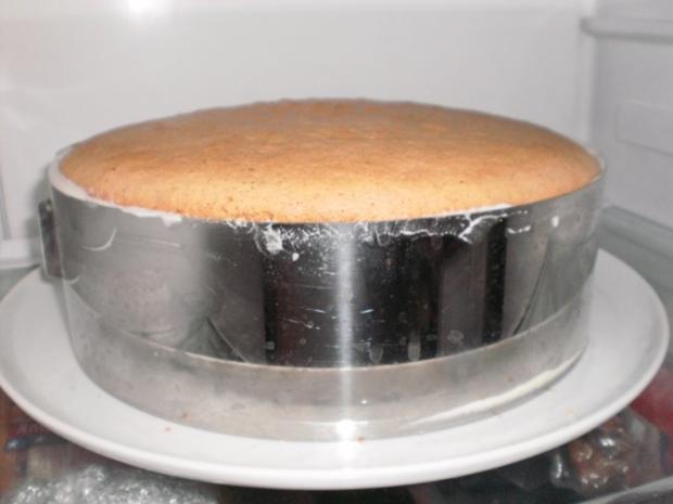 Apfel-Nuss-Torte mit Eierlikör - Rezept - Bild Nr. 13